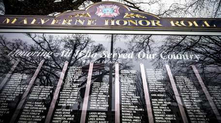 The military honor roll salutes those who died