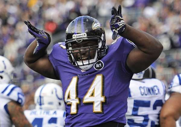 Baltimore Ravens fullback Vonta Leach celebrates his touchdown