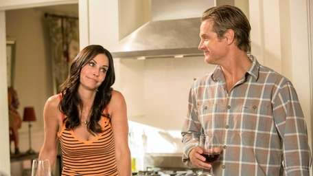 Courteney Cox and Brian Van Holt in a