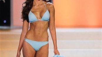 Alabama quarterback AJ McCarron is dating former Miss