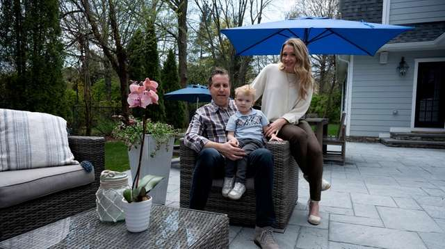 Alan and Alexis Garten, with son Aidan, 2,