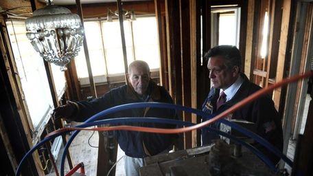 Larry Elliott and Nassau County Executive Edward Mangano
