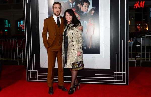 Ryan Gosling and mom Donna Gosling arrive at
