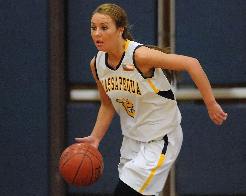 Massapequa's Danielle Doherty dribbles upcourt in first quarter.