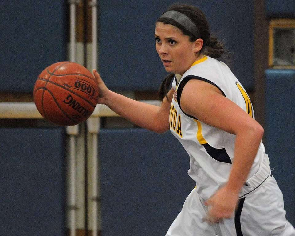 Massapequa's Sabrina Fregosi dribbles upcourt in the first