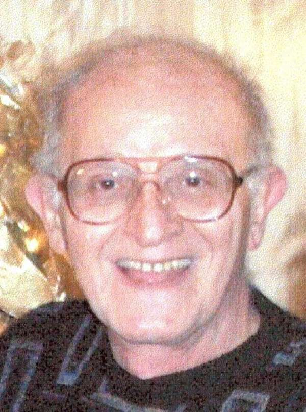 Kenneth Veselak, 79, of Bayville and Holbrook, who