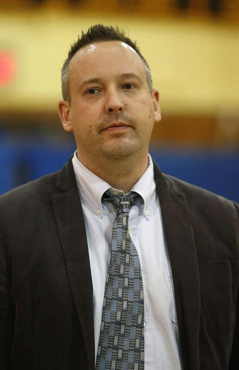 Wantagh boys varsity basketball head coach Keith Hunter