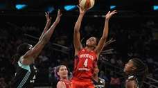 Washington Mystics guard Tayler Hill puts up a