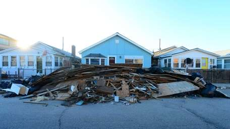 Long Beach homes damaged by superstorm Sandy. (Jan.