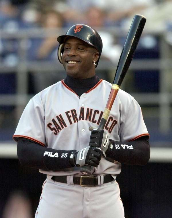 San Francisco Giants slugger Barry Bonds sports a