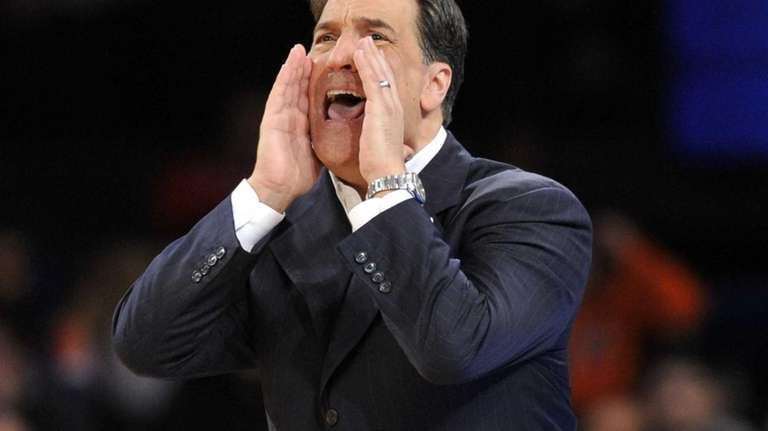 St. John's coach Steve Lavin calls out to