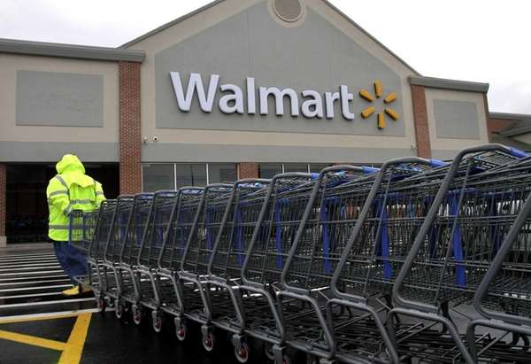 Two congressmen probing bribery charges at Wal-Mart's Mexico