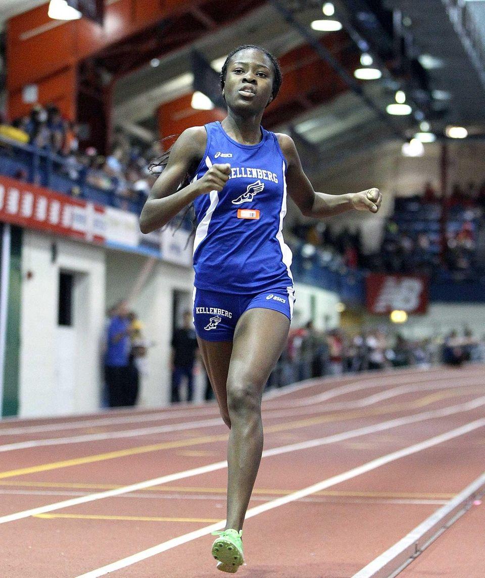 Kellenberg's Jazmine Fray wins the girls 1,000-meter run