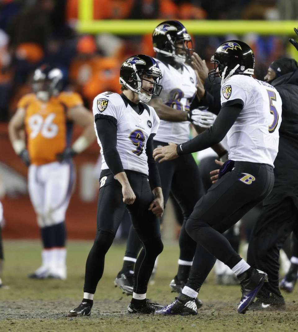 Baltimore Ravens kicker Justin Tucker (9) and quarterback