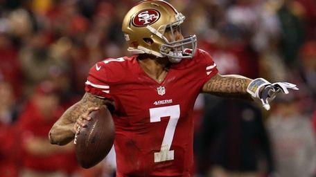 San Francisco 49ers quarterback Colin Kaepernick #7 looks