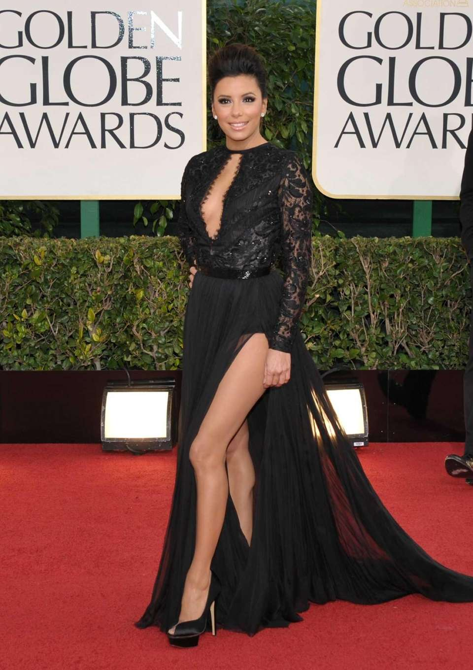 Eva Longoria arrives at the 70th annual Golden