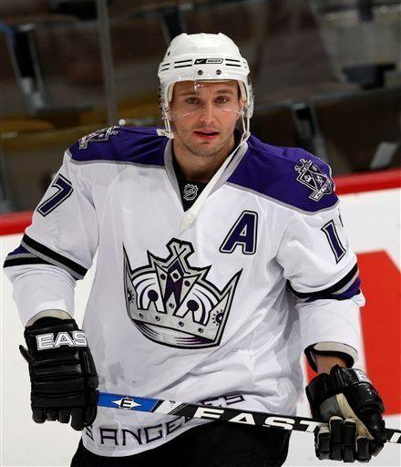 Los Angeles Kings defenseman Lubomir Visnovsky warms up