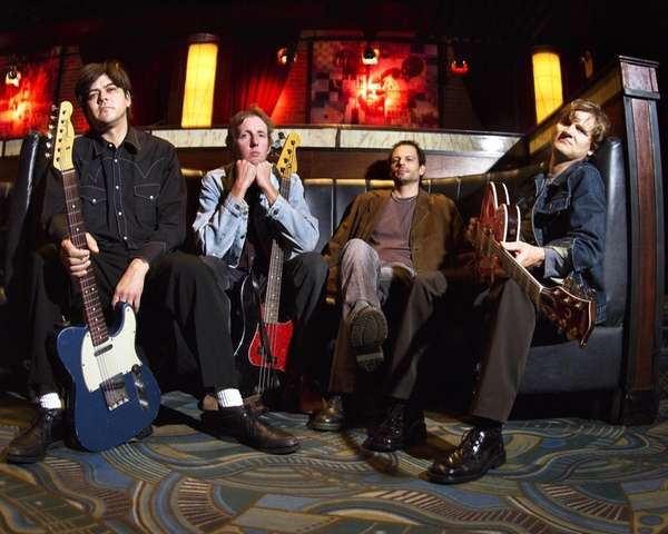 The Gin Blossoms bring acoustic pop and rock