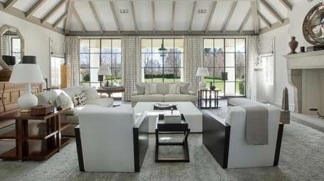 This 11,000-square-foot home in Sagaponack has seven bedrooms,