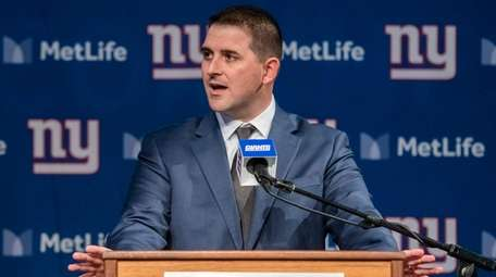 Giants head coach Joe Judge speaks at his