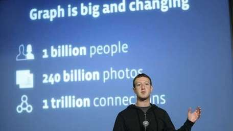 Mark Zuckerberg introduces Graph Search features during a