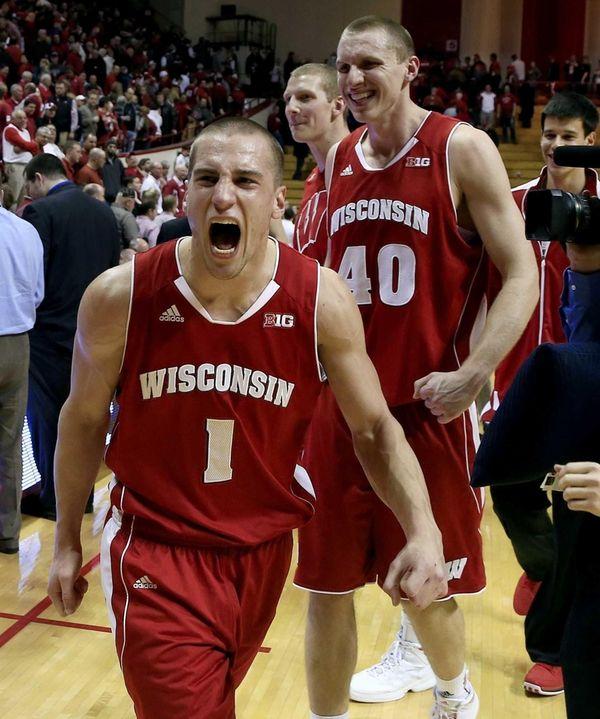Wisconsin's Ben Brust (1) and Jared Berggren (40)