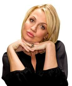 Michelle Beadle co-hosts quot;The Crossoverquot; TV show on