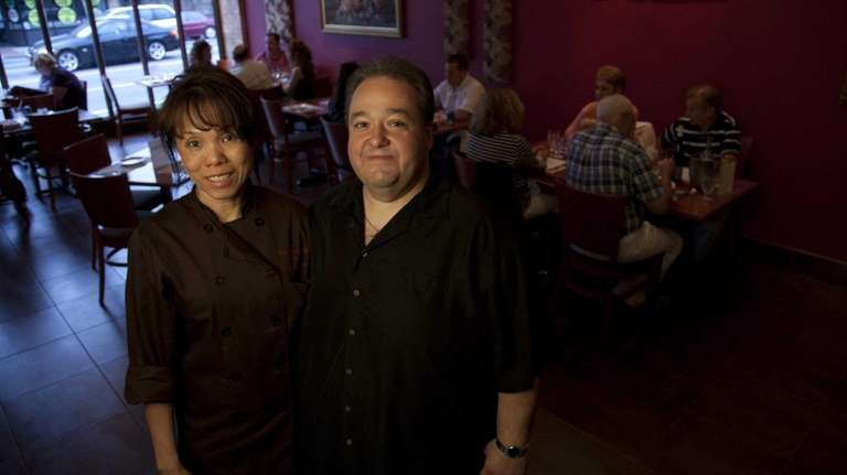 Co-owners of Frankly Thai in Franklin Square, couple