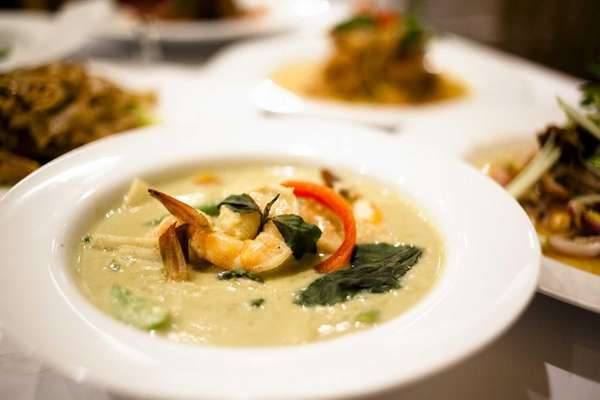 Green curry with shrimp at Sarin Thai in