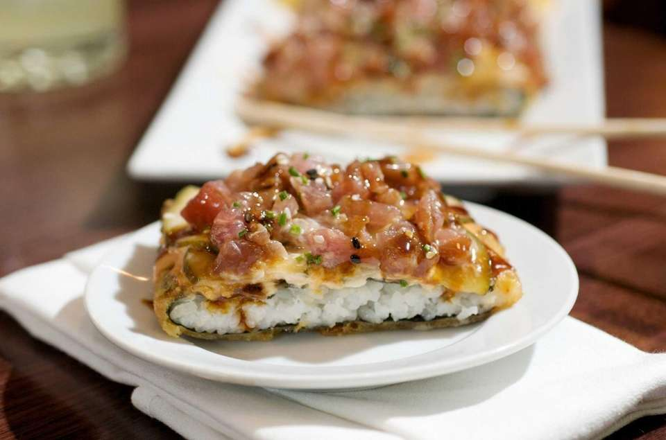 PeraBell's tuna tartare pizza, which consists of a