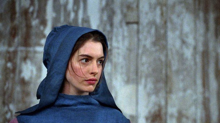 Anne Hathaway won a Golden Globe for best