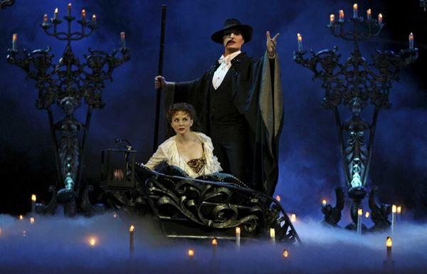 Jennifer Hope Wills and John Cudia, playing Christine