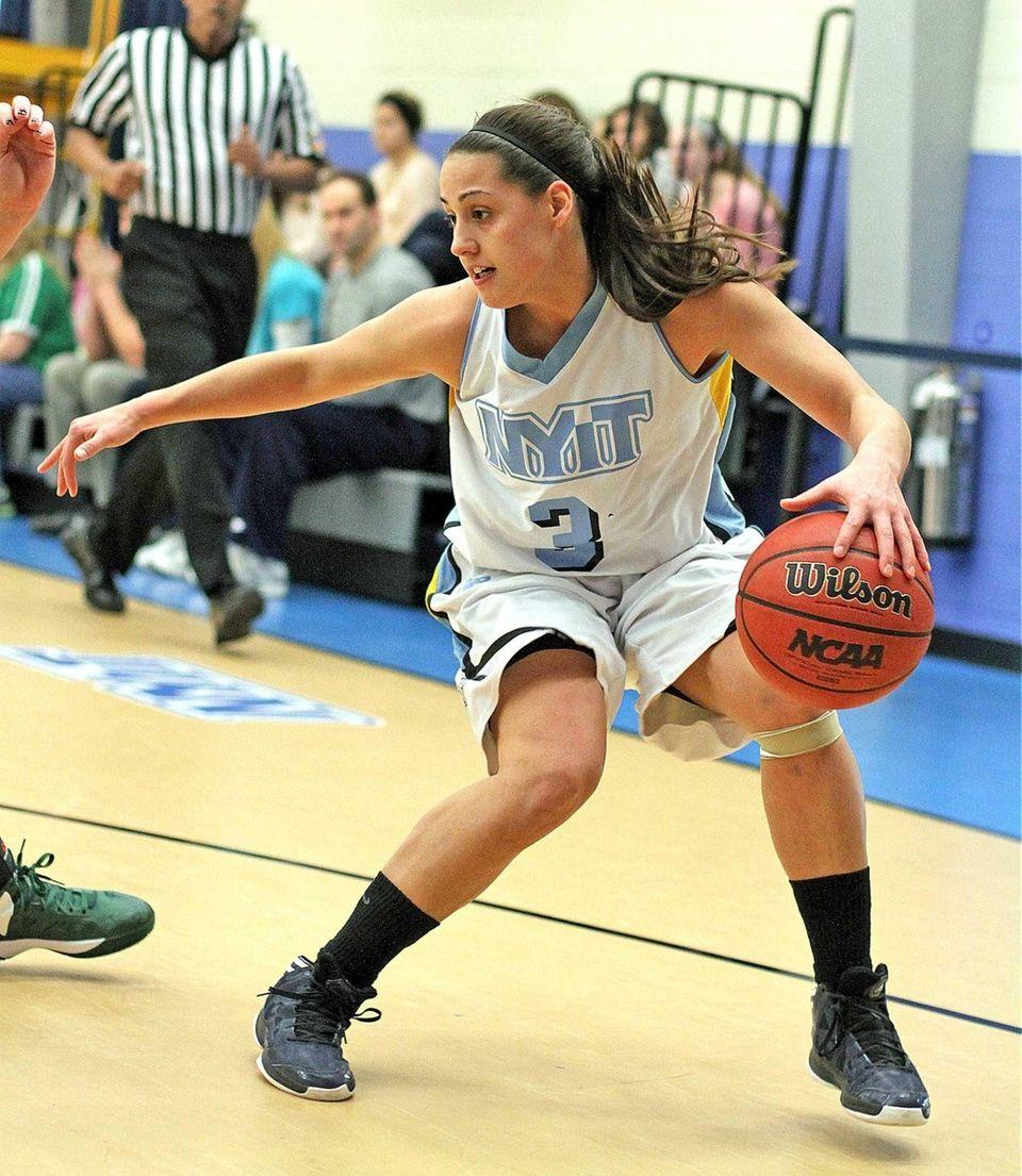 NYIT's Rebecca Lynch controls the ball against LIU