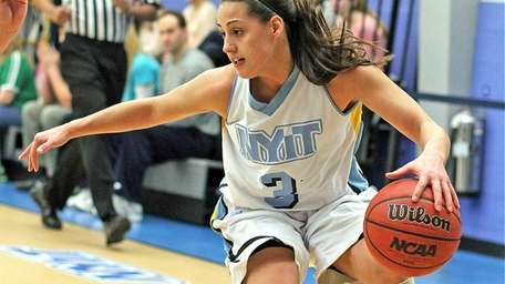 NYIT's Rebecca Lynch controls the ball against LIU