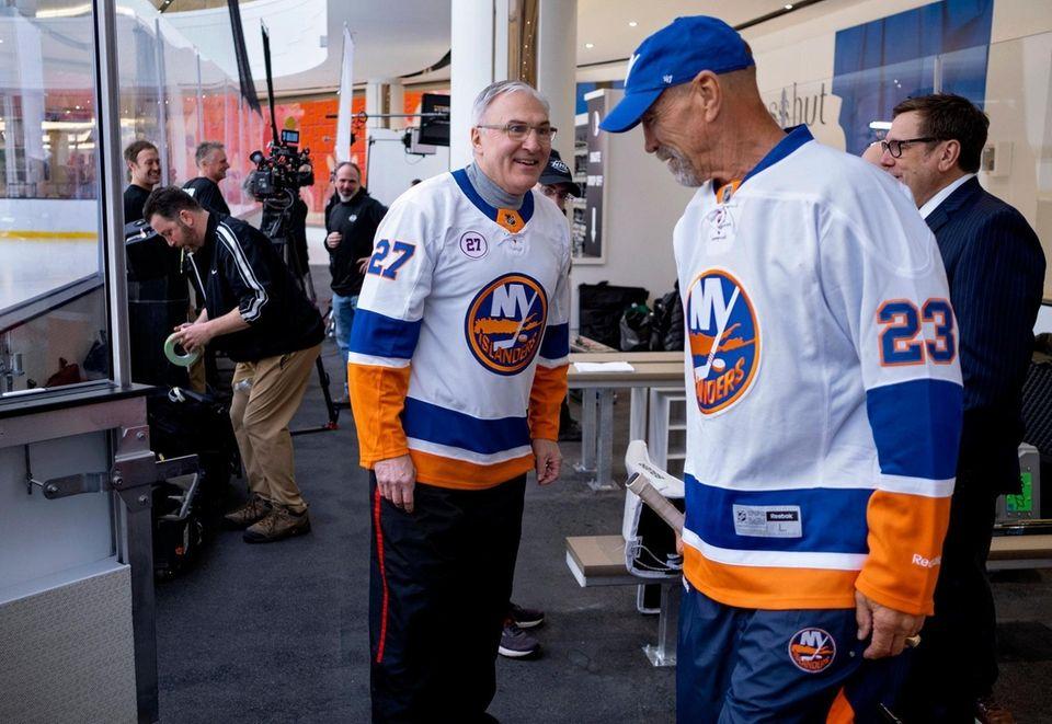 HOLD FOR EMBARGO UNTIL NOTIFIED--Legendary NY Islanders John