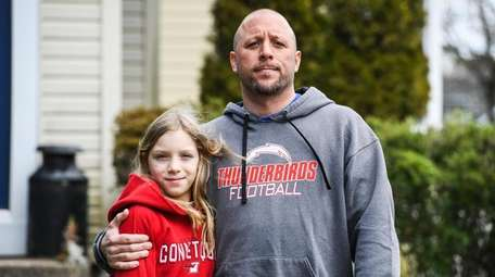 Kevin Shapiro and with his daughter Lila, 10,