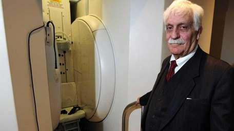 Fonar Corp. founder and MRI pioneer Dr. Raymond