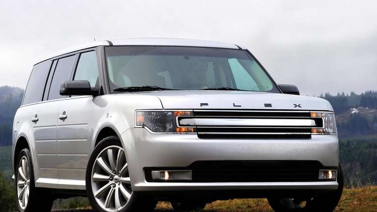 2013 Ford Flex Resembles A Box But Lives Up To Its Name