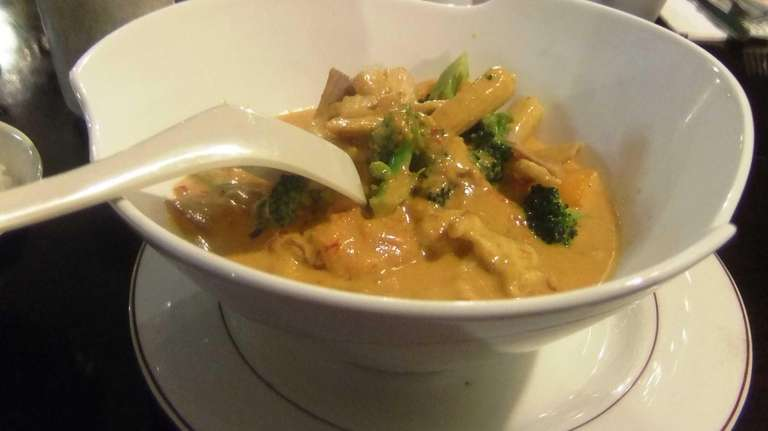 There's fire and nuance in the red curry