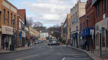 A quiet Glen Street in Glen Cove on