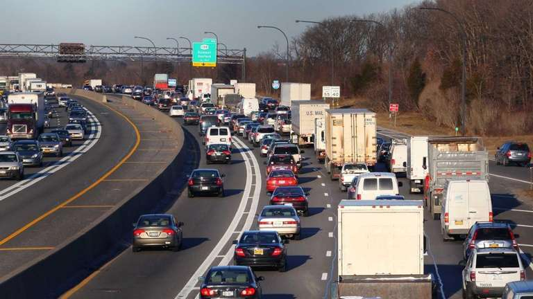 Westbound rush-hour traffic on the Long Island Expressway