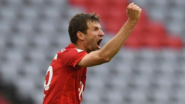 Bayern Munich's Thomas Muller celebrates scoring his side's