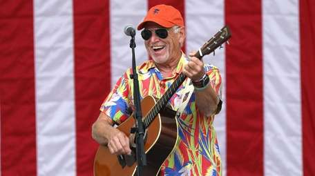 Jimmy Buffett's annual summer show and tailgate party