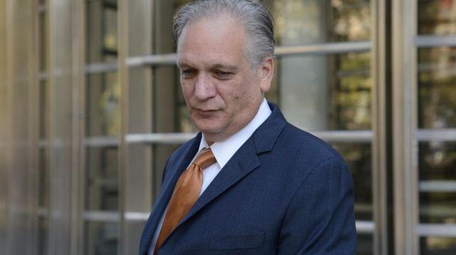 Former Nassau County Executive Edward Mangano leaves federal
