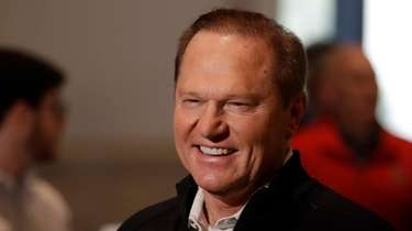 Agent Scott Boras speaks during the MLB winter