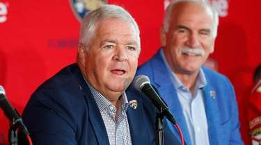 Florida Panthers president and GM Dale Tallon, left,