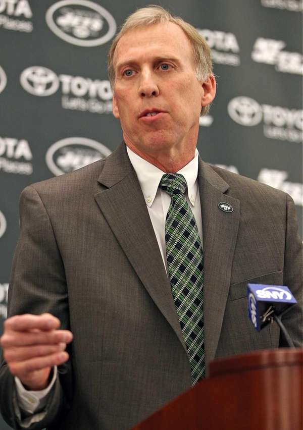 New Jets GM John Idzik talks to the