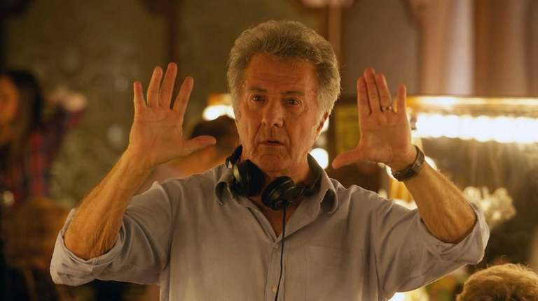 Director Dustin Hoffman on the set of