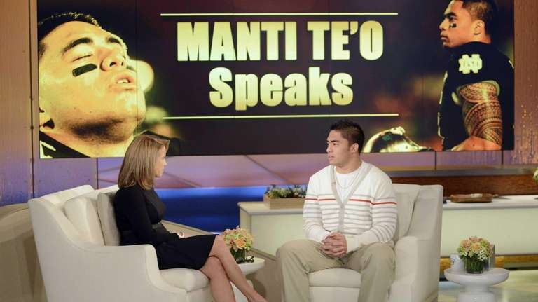 Notre Dame linebacker Manti Te'o speaks with host