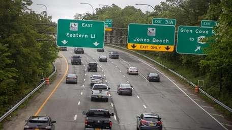 Vehicles on the Northern State Parkway head east